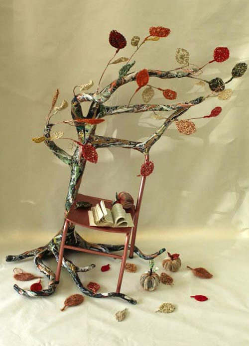 The poetry tree sculpture