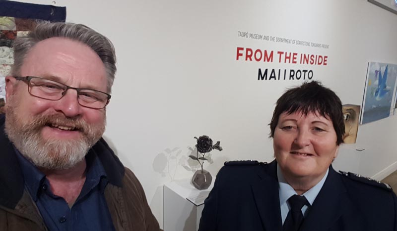 Richard Benge, Arts Access Aotearoa, and Lyn O'Connor, Prison Manager Tongariro Prison