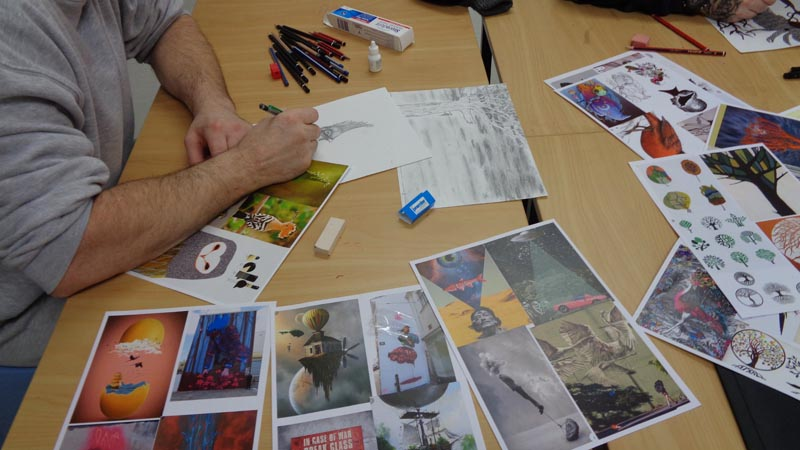 Creating art during a Thinkit session in Invercargill Prison