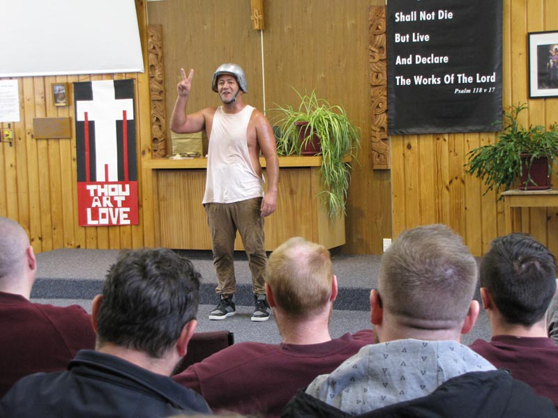 Rob Mokoraka performs in Invercargill Prison 2019