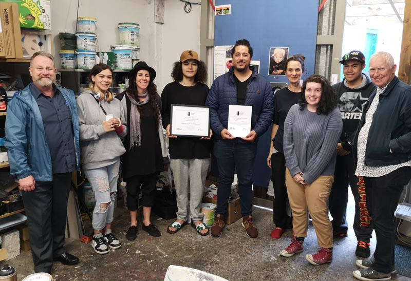 Richard Benge visits Auckland's Kākano Youth Arts Collective, presented them with the High Commended certificate for the Arts Access Holdsworth Creative Spaces Award 2020