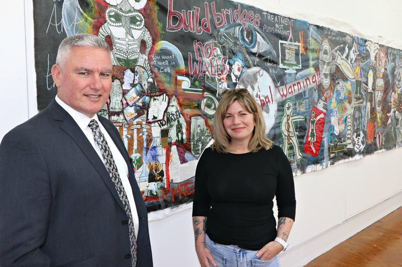 Minister for Corrections Hon Kelvin Davis with Beth Hill, who manages the Northland Region Corrections Facility's art programme