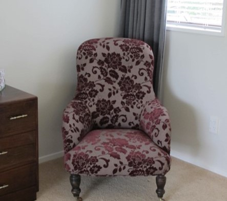 Holmes room chair