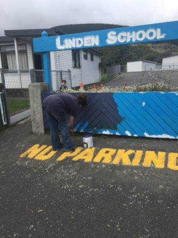 painting Linden School, Apr 17(1)
