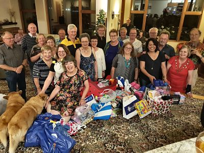 Tawa Rotary give Christmas gifts to Foster Hope children, Dec 2017
